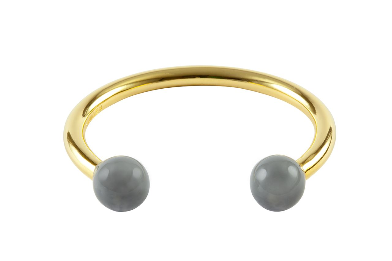 Picture of PANTONE GRAY PERLE CUFF